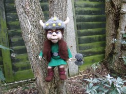 110-littlevikinginthegarden